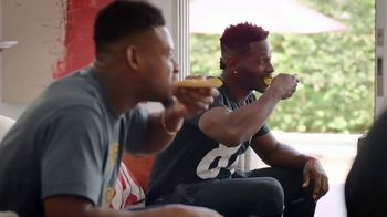 Pizza Hut $7.99 Large 2-Topping Pizza TV Spot, 'Homegating' Feat. Antonio Brown, Juju Smith-Schuster - Thumbnail 7