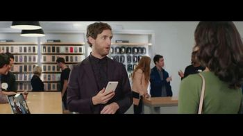 Verizon Unlimited TV Spot, 'Unboxing' Featuring Thomas Middleditch - Thumbnail 6