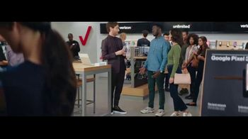 Verizon Unlimited TV Spot, 'Unboxing' Featuring Thomas Middleditch - Thumbnail 8