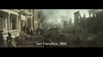 Wells Fargo Overdraft Rewind TV Spot, 'San Francisco en 1906' cancion de The Black Keys [Spanish] - 394 commercial airings