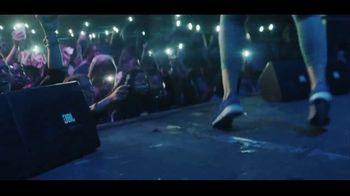 JBL TV Spot, 'Concert' Song by Ayo & Teo - Thumbnail 3