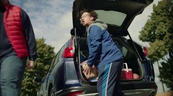 2018 Honda CR-V TV Spot, '12 Hours to Game Time' [T2] - Thumbnail 3