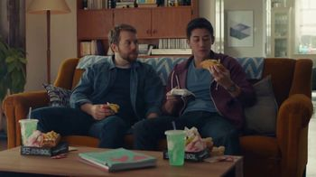 Taco Bell $5 Double Chalupa Box TV Spot, 'Xbox One X Sweepstakes' - Thumbnail 5