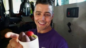 Edible Arrangements TV Spot, 'Surprise Savings' - Thumbnail 4