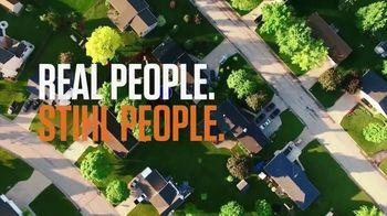 STIHL TV Spot 'Real People: Jen and Justin: BGA Blower and Chainsaw' - Thumbnail 2