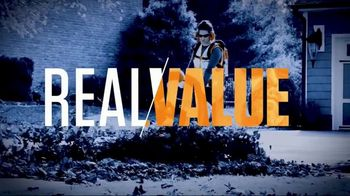 STIHL TV Spot 'Real People: Jen and Justin: BGA Blower and Chainsaw' - Thumbnail 6