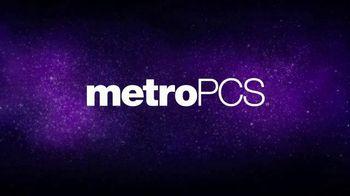 MetroPCS TV Spot, 'Vive toda la pasión sin límites' [Spanish] - Thumbnail 1