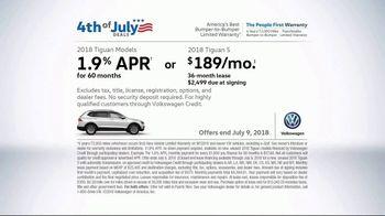 Volkswagen 4th of July Deals TV Spot, 'More Room: 2018 Volkswagen Tiguan' [T2] - Thumbnail 10