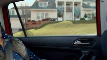 Volkswagen 4th of July Deals TV Spot, 'More Room: 2018 Volkswagen Tiguan' [T2] - Thumbnail 5