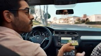 Volkswagen 4th of July Deals TV Spot, 'More Room: 2018 Volkswagen Tiguan' [T2] - Thumbnail 6