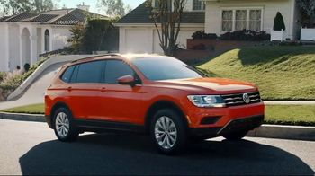Volkswagen 4th of July Deals TV Spot, 'More Room: 2018 Volkswagen Tiguan' [T2] - Thumbnail 7
