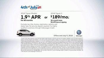 Volkswagen 4th of July Deals TV Spot, 'More Room: 2018 Volkswagen Tiguan' [T2] - Thumbnail 9