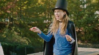 Juicy Drop Gummies TV Spot, 'Magician: Larger Bag' - Thumbnail 4