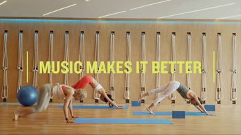 Garmin vívoactive 3 Music TV Spot, 'Worm' - Thumbnail 8