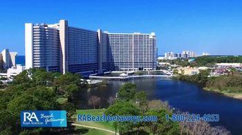 Royal American Beach Getaways TV Spot, 'Upgrade' - Thumbnail 3