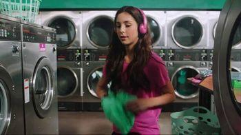 Garmin vívoactive 3 Music TV Spot, 'Laundry' Song by Dawin - Thumbnail 1