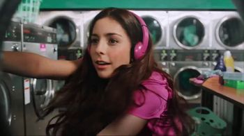 Garmin vívoactive 3 Music TV Spot, 'Laundry' Song by Dawin