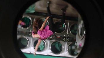 Garmin vívoactive 3 Music TV Spot, 'Laundry' Song by Dawin - Thumbnail 9