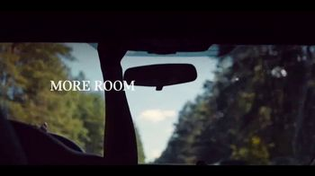 MINI Countryman TV Spot, 'More Moments to Discover' Song by Alice Merton [T1] - Thumbnail 3