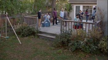 Lowe's Father's Day Savings TV Spot, 'Good Backyard: Grills' - Thumbnail 1