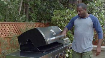 Lowe's Father's Day Savings TV Spot, 'Good Backyard: Grills' - Thumbnail 9