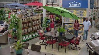 Lowe's Father's Day Savings TV Spot, 'Good Backyard: Outdoor Equipment' - Thumbnail 6