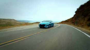 2018 Toyota Prius Prime TV Spot, '640 Miles Per Fill-Up' [T2] - Thumbnail 10