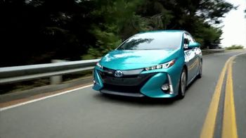 2018 Toyota Prius Prime TV Spot, '640 Miles Per Fill-Up' [T2] - Thumbnail 3
