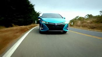 2018 Toyota Prius Prime TV Spot, '640 Miles Per Fill-Up' [T2] - Thumbnail 5