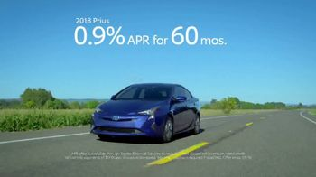 2018 Toyota Prius Prime TV Spot, '640 Miles Per Fill-Up' [T2] - Thumbnail 9