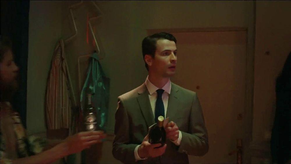 Heineken TV Commercial, 'Cheers To The Unexpected'
