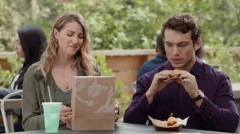Taco Bell $5 Steak Nachos Box TV Spot, 'Turn a Snack into a Meal'