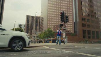 Volkswagen TV Spot, 'Fox Sports: Jump on the Wagen' Featuring Alexi Lalas [T1] - Thumbnail 5