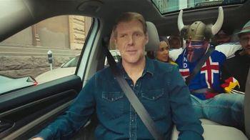 Volkswagen TV Spot, 'Fox Sports: Jump on the Wagen' Featuring Alexi Lalas [T1] - Thumbnail 7
