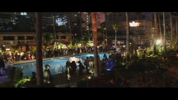 King's Hawaiian TV Spot, 'Hawaiian Foods Week: Taste of Aloha' - Thumbnail 3