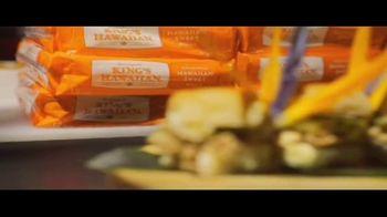 King's Hawaiian TV Spot, 'Hawaiian Foods Week: Taste of Aloha' - Thumbnail 6