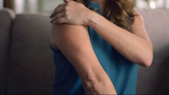 Gold Bond Ultimate Rough & Bumpy Skin TV Spot, 'Not Anymore' - Thumbnail 3