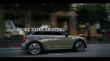 MINI Hardtop 4 Door TV Spot, 'Explore More Corners' [T1] - Thumbnail 2