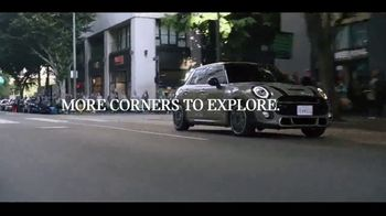 MINI Hardtop 4 Door TV Spot, 'Explore More Corners' [T1]
