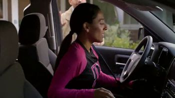 T-Mobile TV Spot, 'Coming Home: Employee Lines' - Thumbnail 5