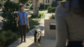 2018 Buick Enclave TV Spot, 'Dog Walker' Song by Matt and Kim [T2] - Thumbnail 2