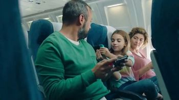 Nintendo Switch TV Spot, 'Play Great Games Together'