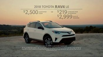 2018 Toyota RAV4 TV Spot, 'Chili Road Trip' [T2] - Thumbnail 10