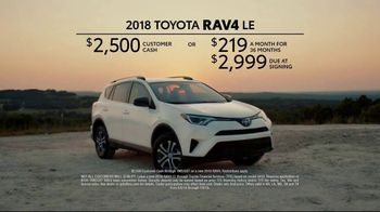 2018 Toyota RAV4 TV Spot, 'Chili Road Trip' [T2] - Thumbnail 9