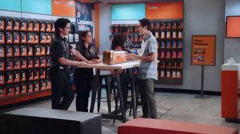 Boost Mobile TV Spot, '3 líneas por $100 dólares al mes' [Spanish] - Thumbnail 1