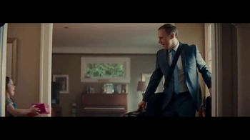 Macy's TV Spot, '2018 Father's Day: Business Attire' - Thumbnail 6