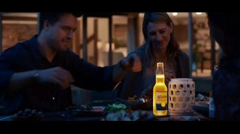 Corona Premier TV Spot, 'Perfect Night' Song by The Isley Brothers - Thumbnail 6