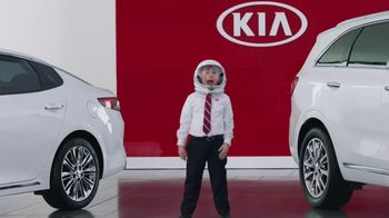Kia America's Best Value Summer Event TV Spot, 'Space Helmet: Out of This World' [T2] - 429 commercial airings