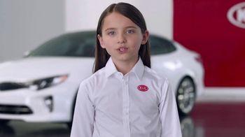 Kia America's Best Value Summer Event TV Spot, 'Space Helmet' - Thumbnail 5