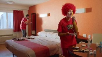 Motel 6 TV Spot, 'Rivalries' - Thumbnail 1
